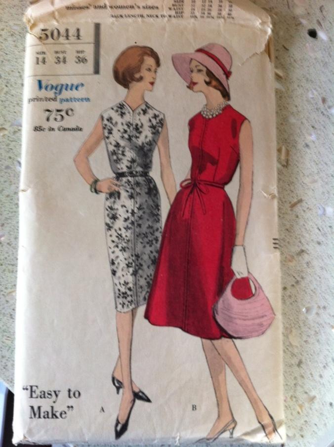 Vogue 5044.. clean lines