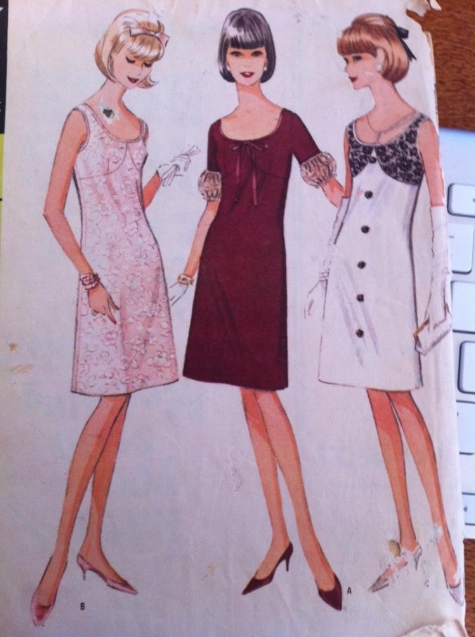 Pretty McCall 8437- 1940s glamourarama!